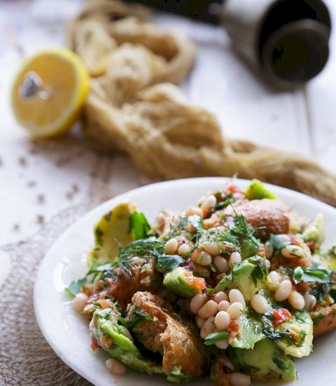 Vikki's Haricot Bean and Barley Rusk Salad   KALI OREXI