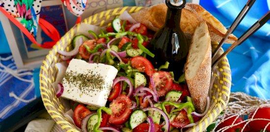 KOs-Greek-Salad-Hero