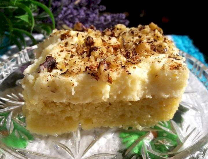 Πολίτικο γλυκό με μαστίχα και κρέμα ζαχαροπλαστικής