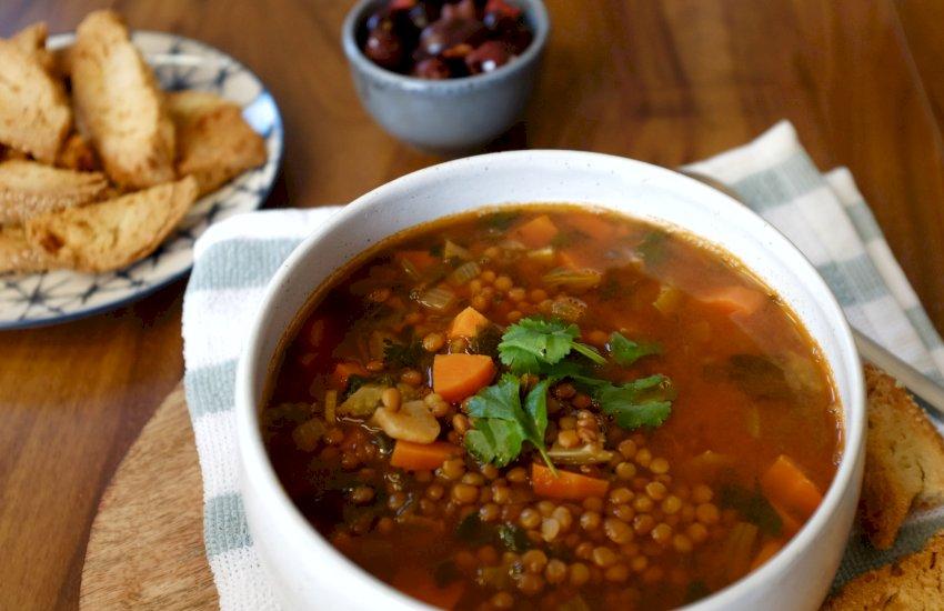 Greek Style Lentil Soup - Soupa Faki